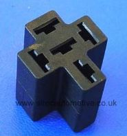 Automotive relay holder (floating)  <br> ALT/RELH007B-09